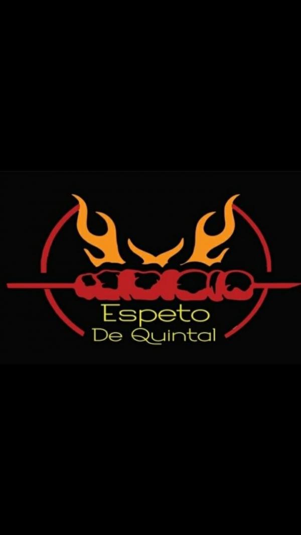 ESPETO DE QUINTAL